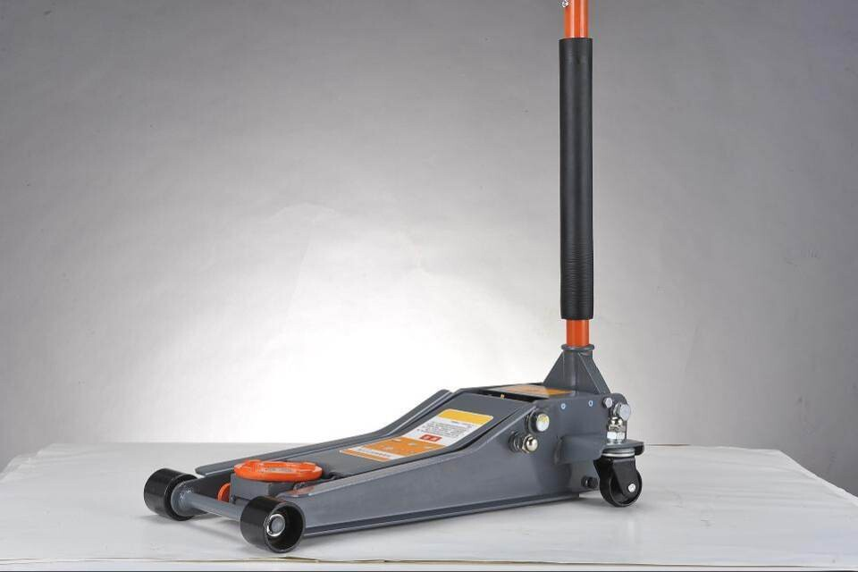 Hydraulic trolley jack 3T double pump